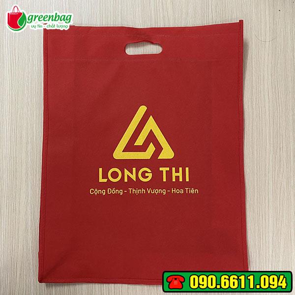 thi-truong-tui-vai-khong-det-6