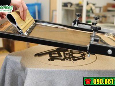Tìm hiểu kỹ thuật in lụa trên vải